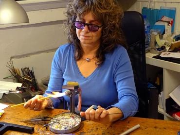 Claire-Dufrenne-à-l'atelier